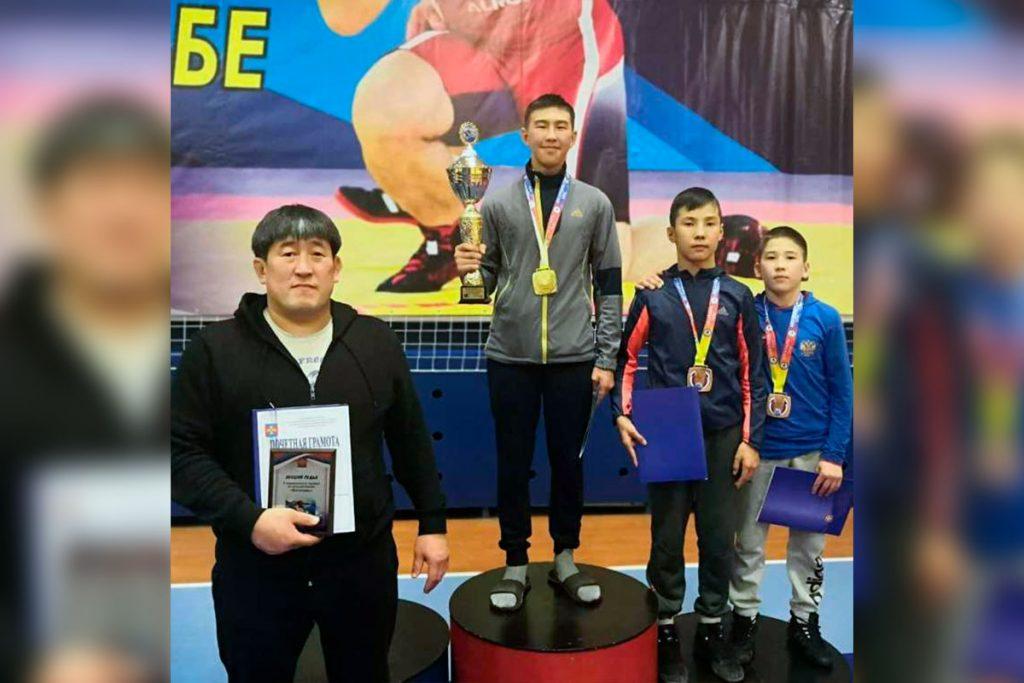 Спортсмены Приангарья завоевали три медали на V традиционном турнире «Богатырь» по вольной борьбе