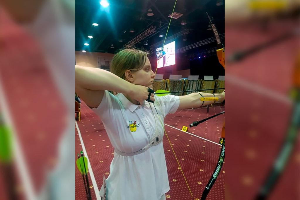 Арина Добрынина завоевала серебряную медаль на Кубке России по стрельбе из лука