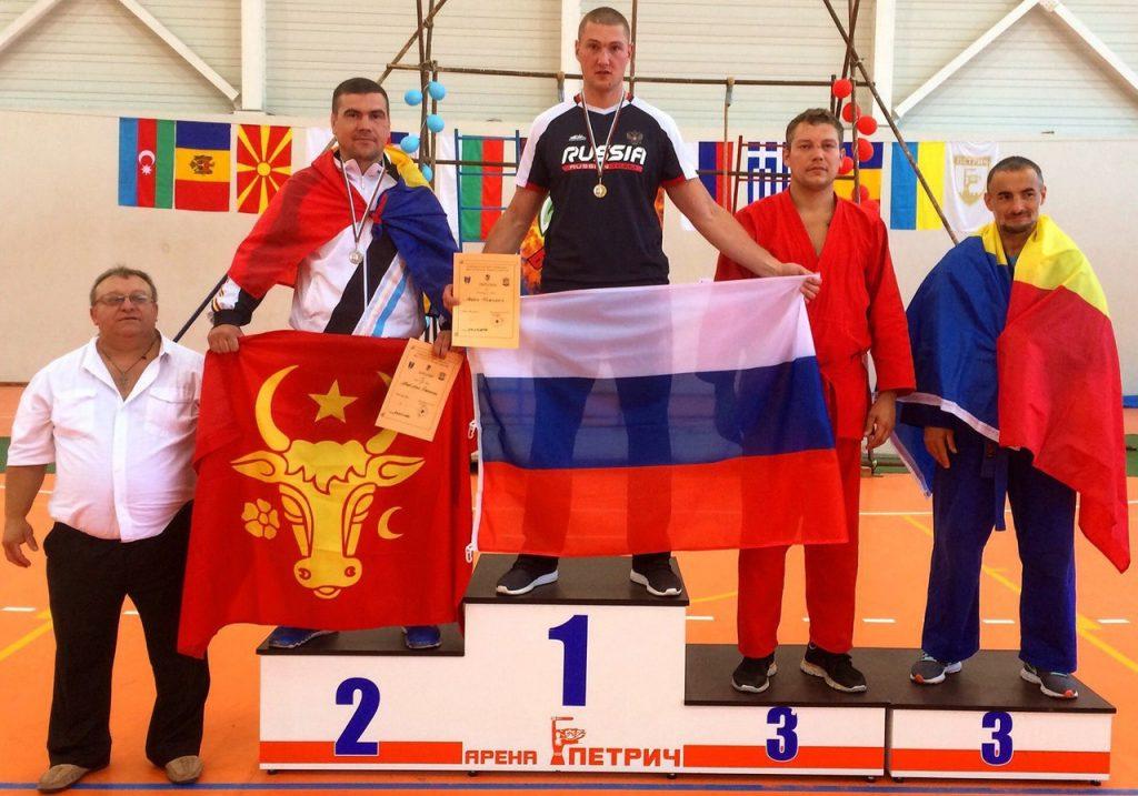 Артём Курильский стал Заслуженным мастером спорта России по универсальному бою