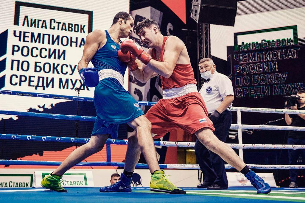 Ангарчанин Василий Зверян выиграл бронзовую медаль на чемпионате России по боксу