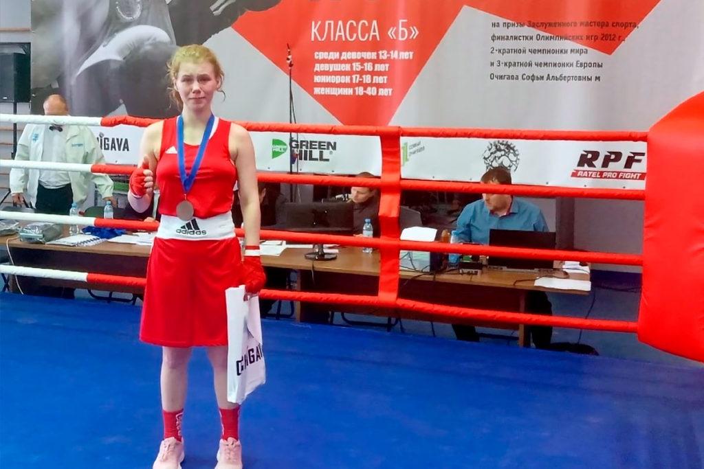Спортсменки Приангарья завоевали две медали на турнире по боксу на призы С.А. Очигава