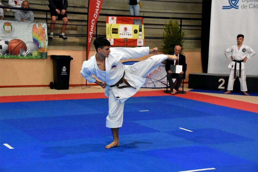 Даниил Токарев стал серебряным призёром XXXIV первенства Европы по карате