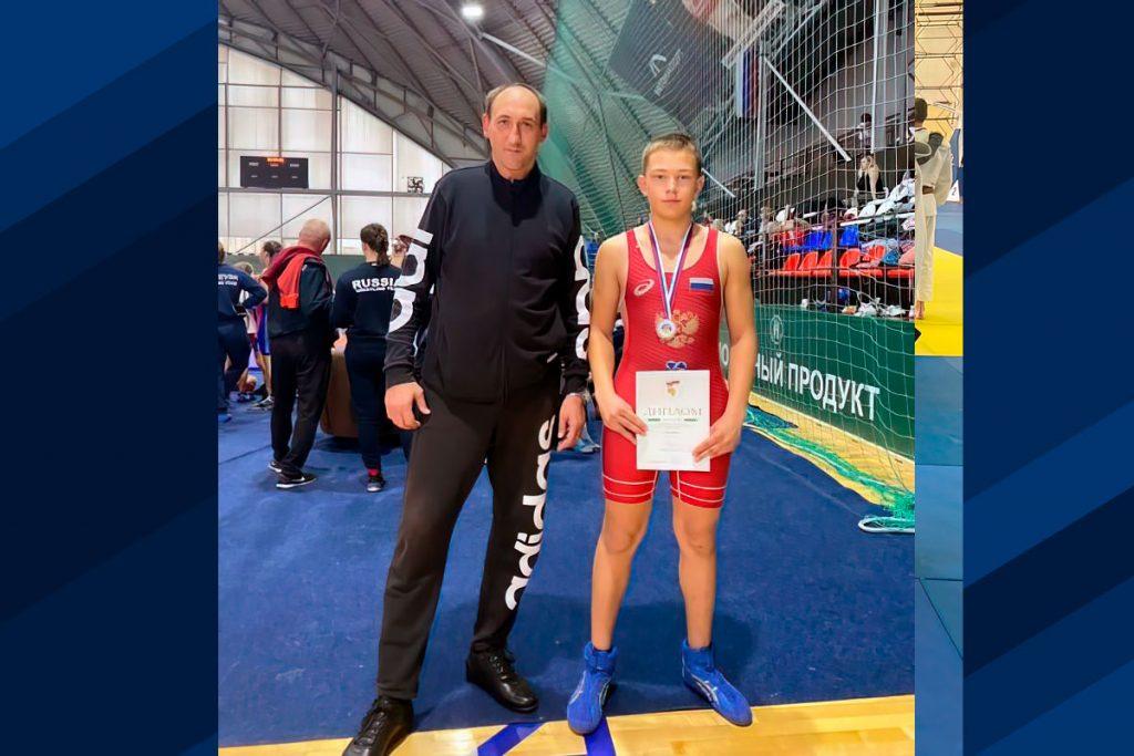 Иван Капустин из Ангарска стал бронзовым призёром всероссийского первенства по греко-римской борьбе