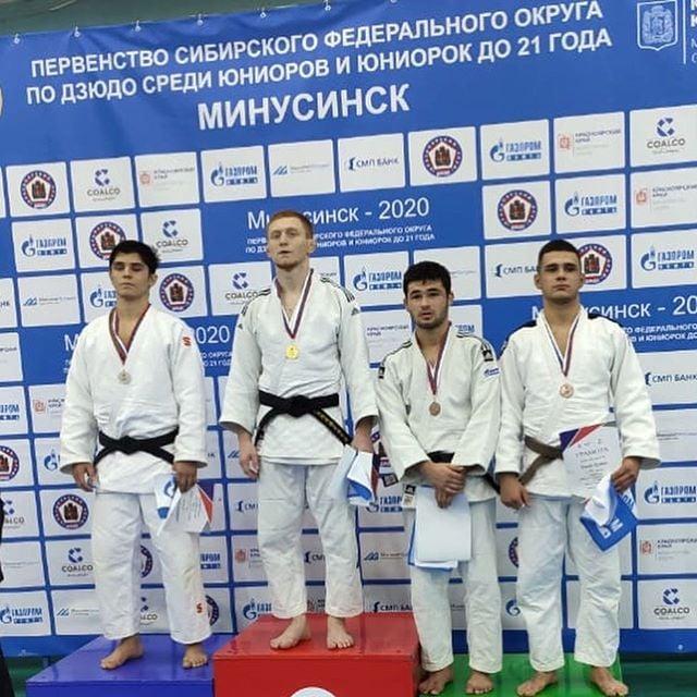 Десять медалей завоевали дзюдоисты Иркутской области на первенстве СФО в Минусинске
