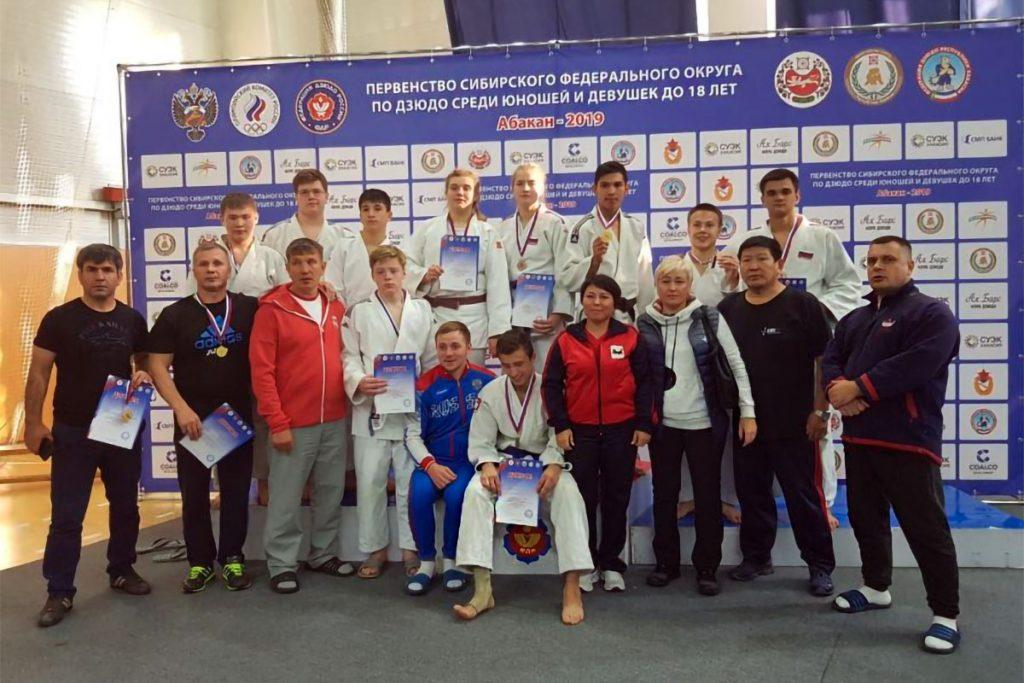 Дзюдоисты Приангарья завоевали 18 медалей на первенстве СФО в Абакане