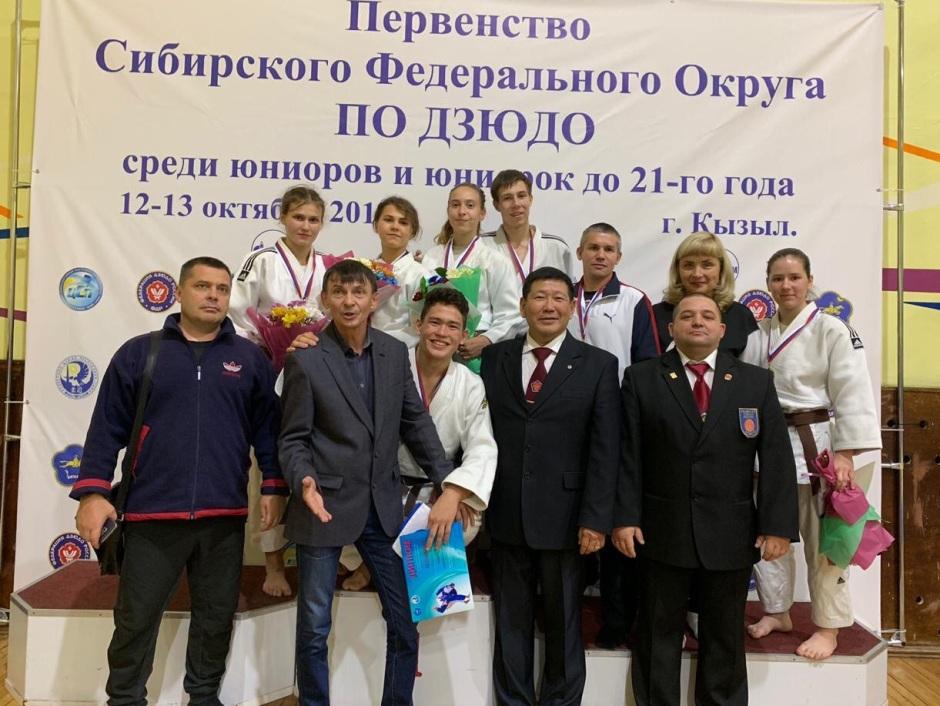 Иркутские дзюдоисты завоевали 12 медалей на первенстве СФО в Кызыле