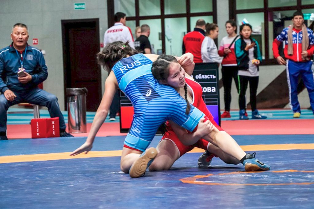 Кристина Тамразян завоевала бронзу на всероссийском турнире по вольной борьбе в Красноярске