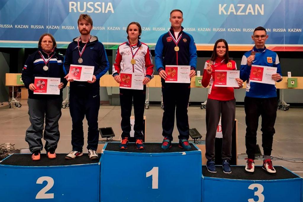 Надежда Колода и Артём Черноусов одержали победу на всероссийских соревнованиях по стрельбе из пневматического пистолета