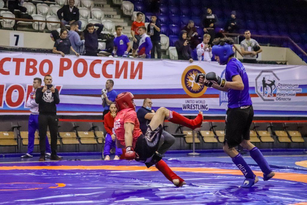 17 медалей завоевали спортсмены Приангарья на чемпионате и первенстве России по панкратиону