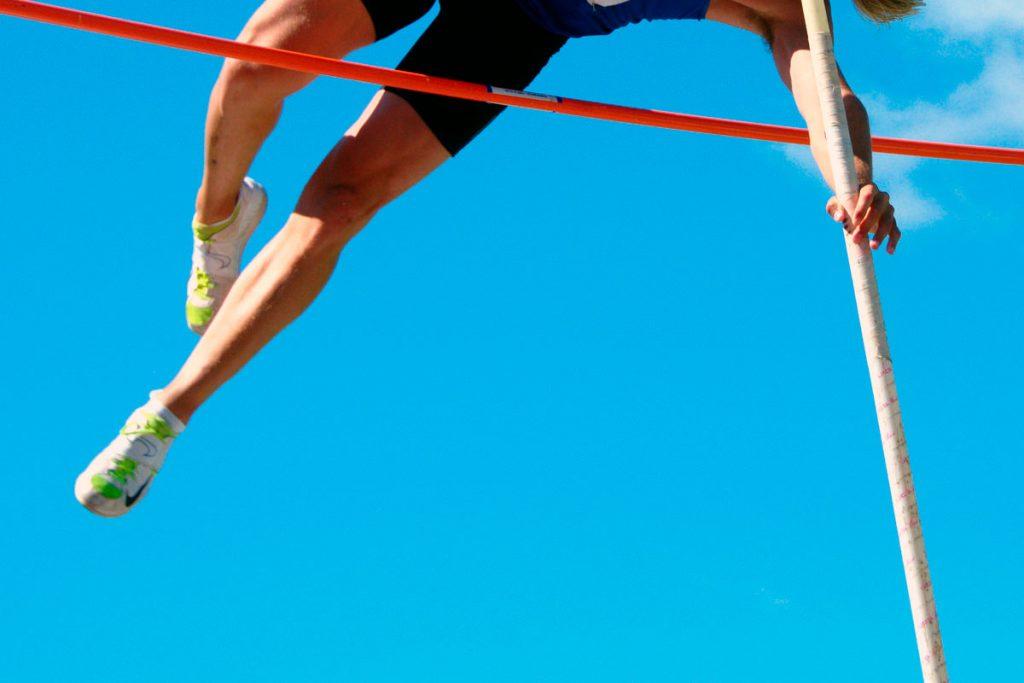 Иркутянин Олег Ананьев завоевал серебряную медаль на первенстве России по лёгкой атлетике