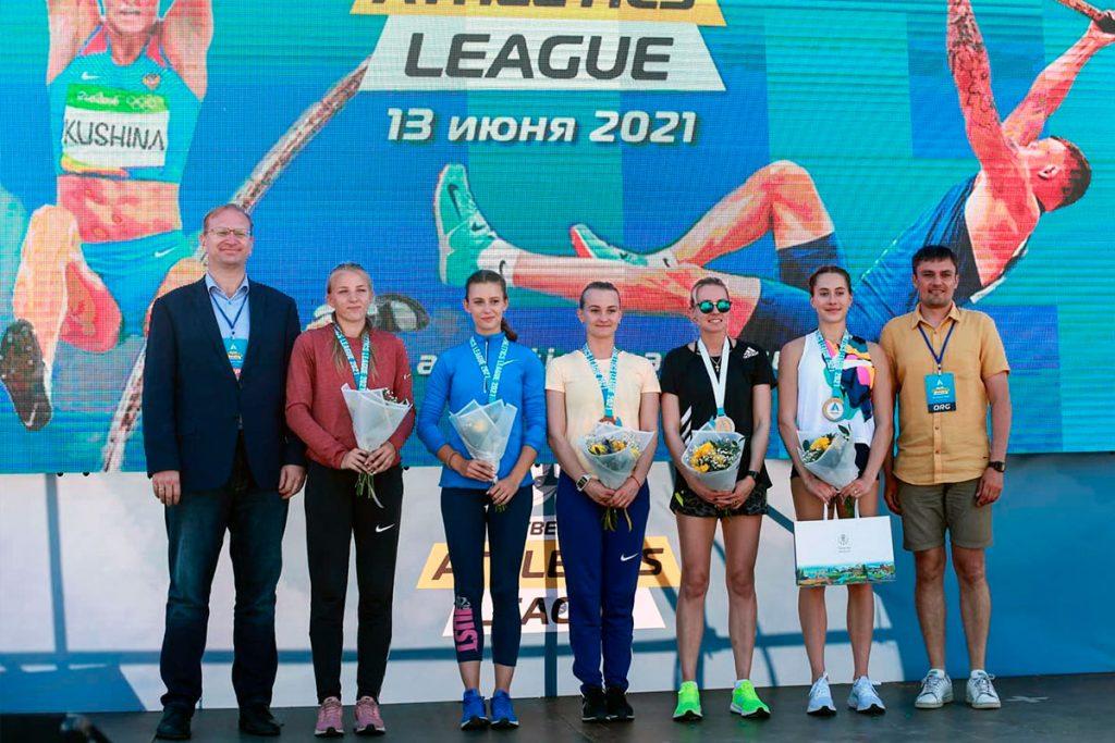 Алёна Лутковская завоевала серебряную медаль в прыжках с шестом на фестивале «Athletics league»