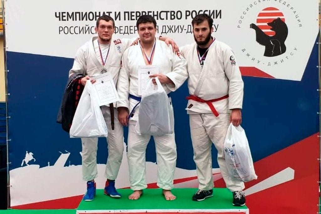 Иркутские спортсмены выиграли две медали на чемпионате и первенстве России по джиу-джитсу