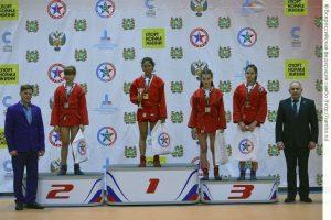 Три медали завоевали иркутские спортсменки на всероссийском турнире по самбо в Томске