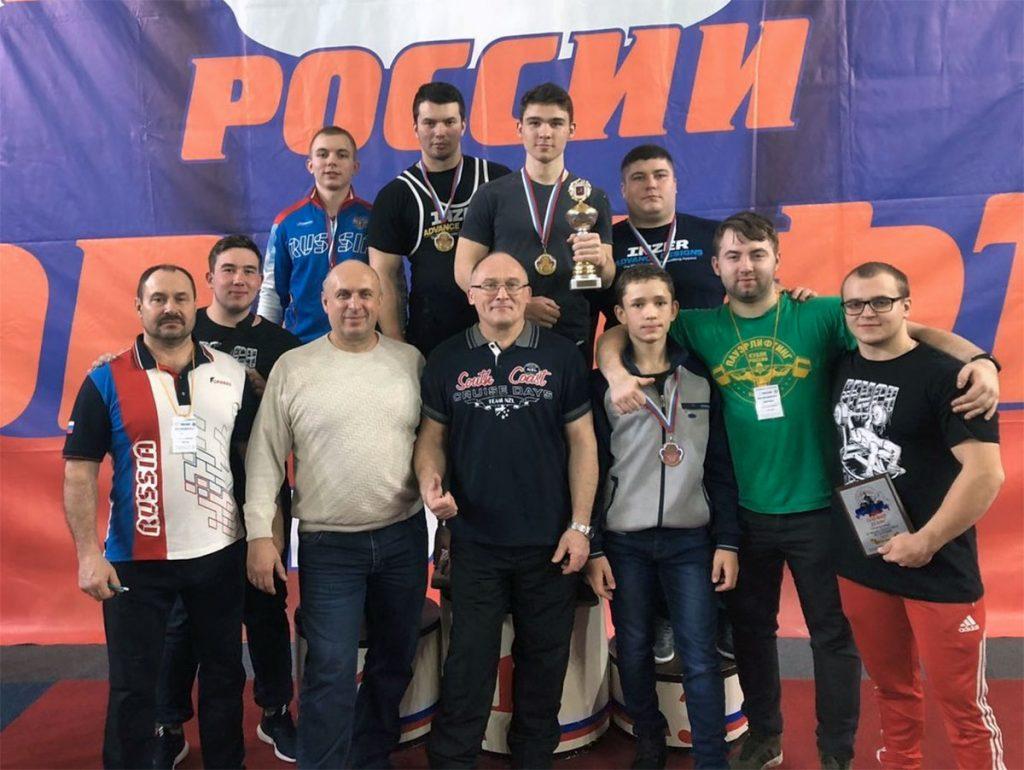 Спортсмены Иркутской области успешно выступили на чемпионате и первенстве России по жиму