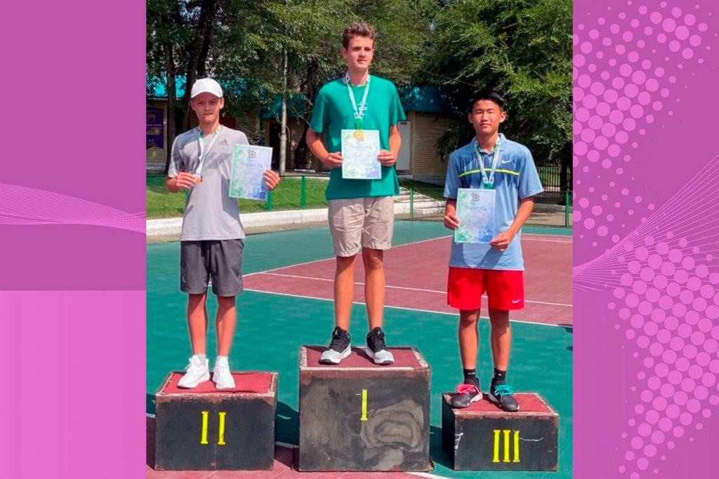 Теннисист Семён Дюбенко занял второе место на первенстве Хабаровского края