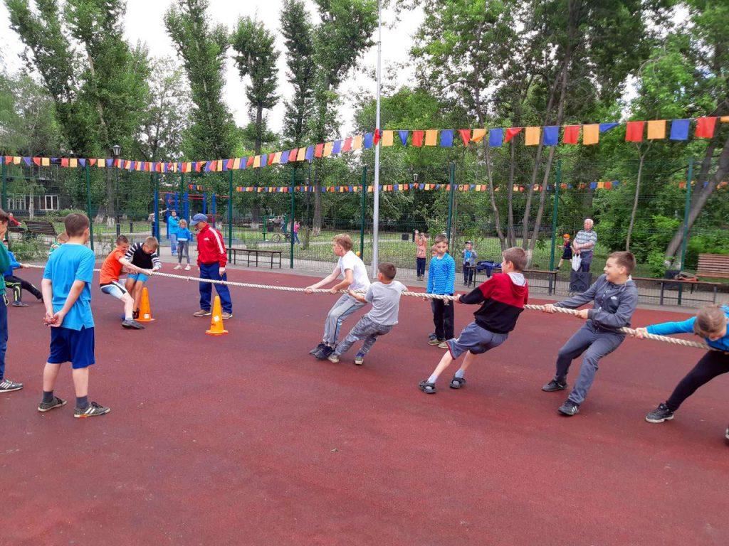 Праздник «Спорт в каждый двор» для иркутских мальчишек и девчонок