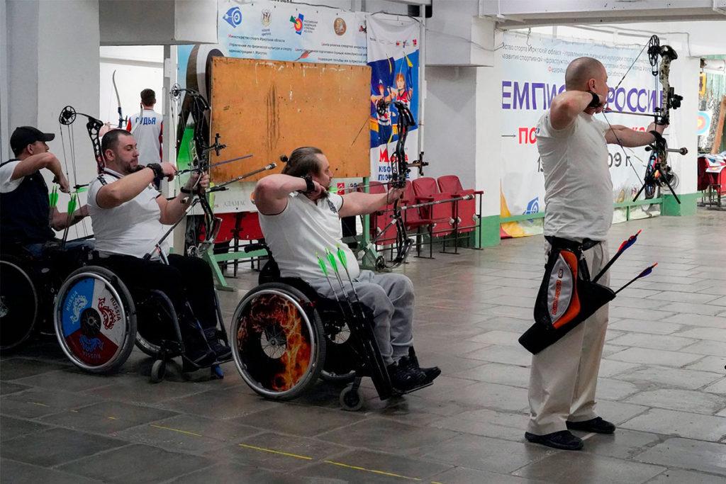 В Приангарье определены победители и призёры чемпионата области по стрельбе из лука среди спортсменов с ПОДА
