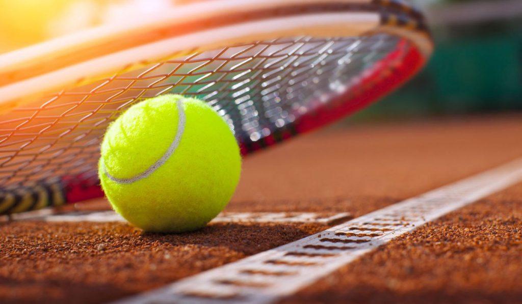 Золотая победа иркутского теннисиста на международном теннисном турнире