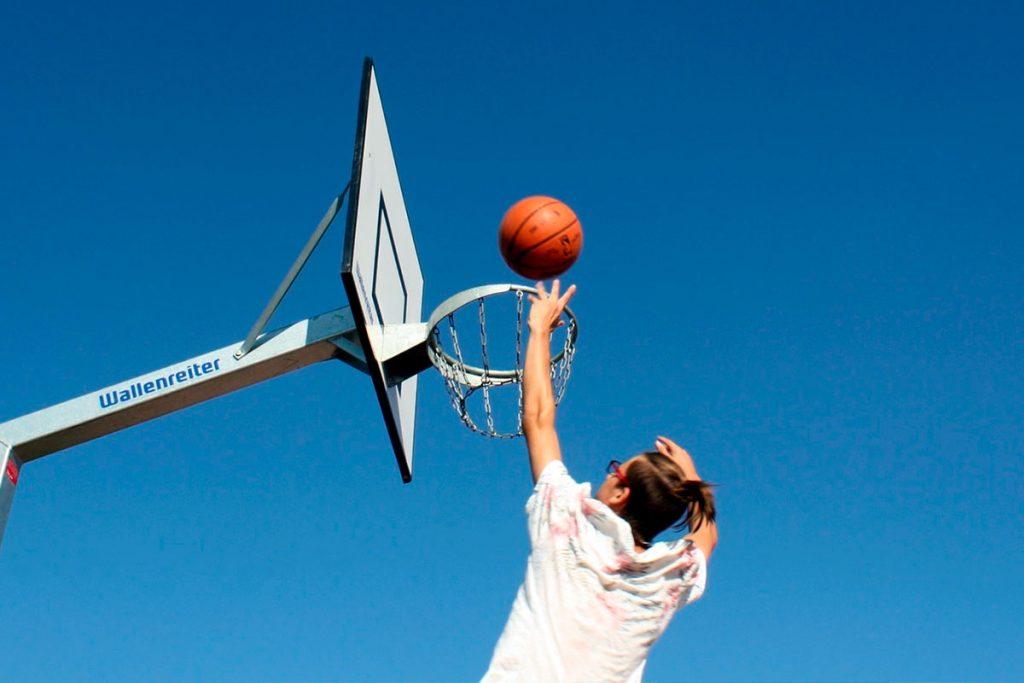 14 августа в Иркутске пройдут соревнования по уличному баскетболу «Оранжевый мяч»